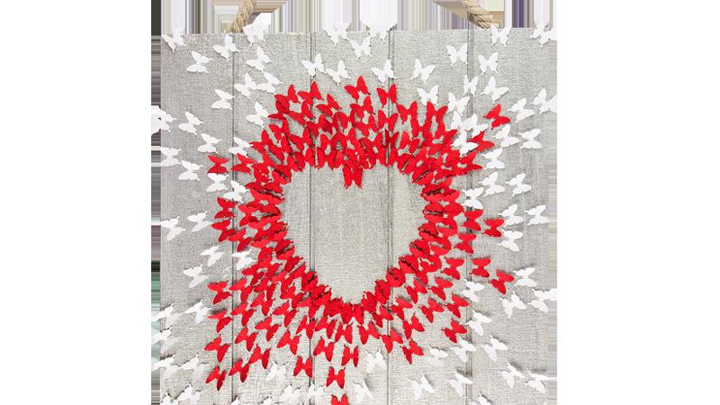 Bastelidee: 3-D Wandbild mit Herz aus Schmetterlingen